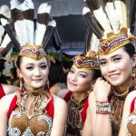 Tarian-Suku-Dayak