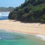 Pantai-Sarangan-gunung-kidul-yogyakarta-700x350