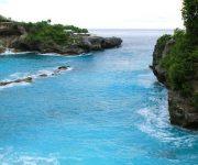 Pantai-Blue-Lagoon1