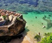 Pantai-Blue-Point-Suluban
